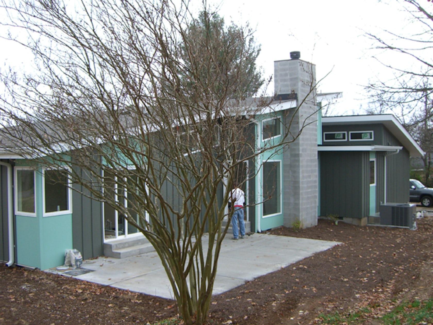 New mid century modern in east nashville architizer for New modern homes nashville tn