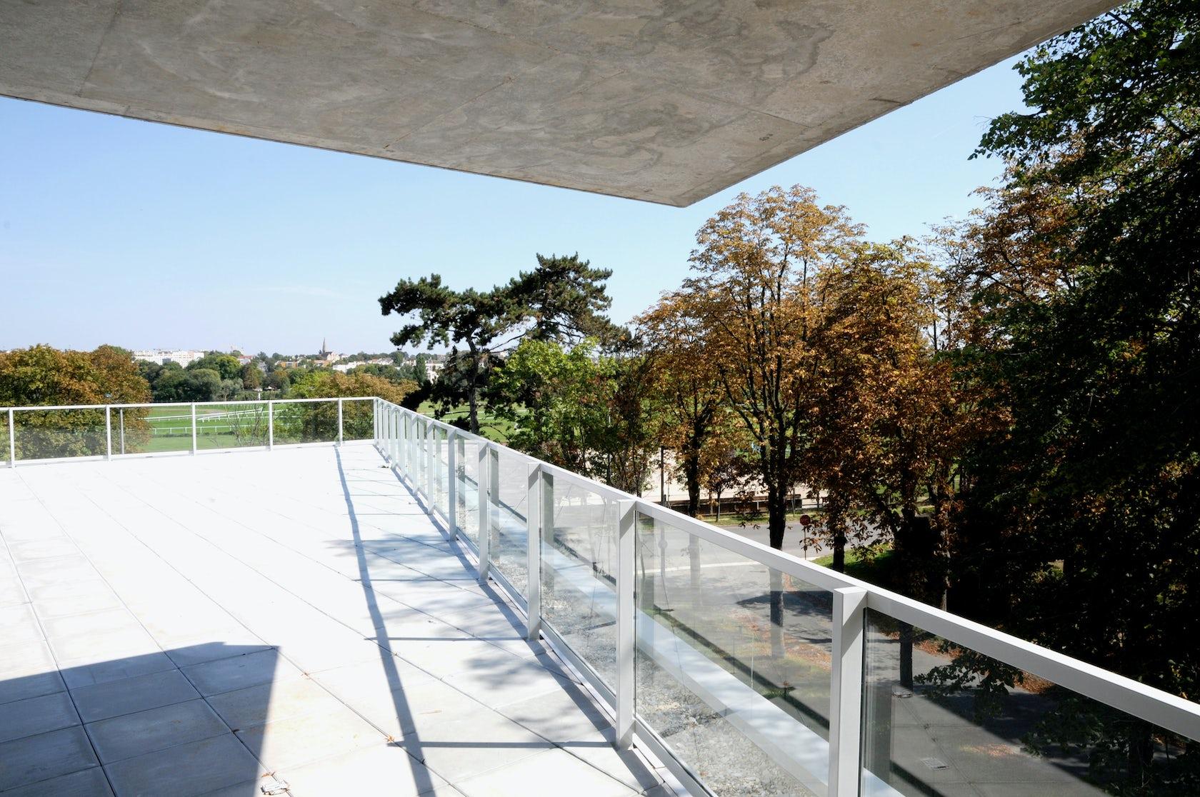 Retirement home maisons laffitte architizer for Architecte maisons laffitte