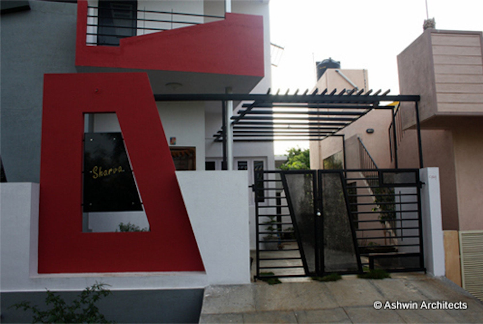 60 x 40 se corner duplex house of anoop in bangalore for Corner duplex designs
