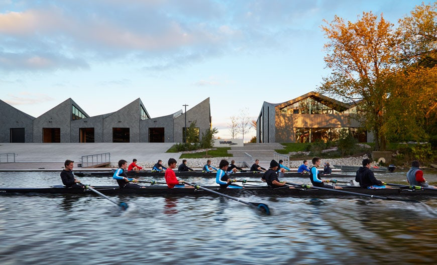 Architectural Masterstrokes: 8 Contemporary Boathouses