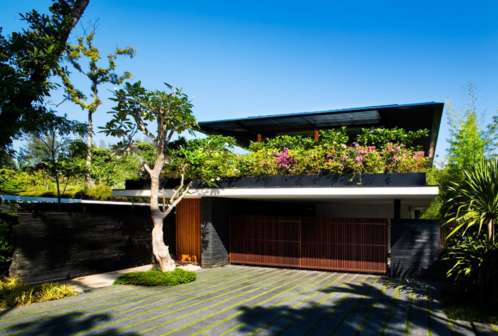 Cluny house architizer for Willow house singapore