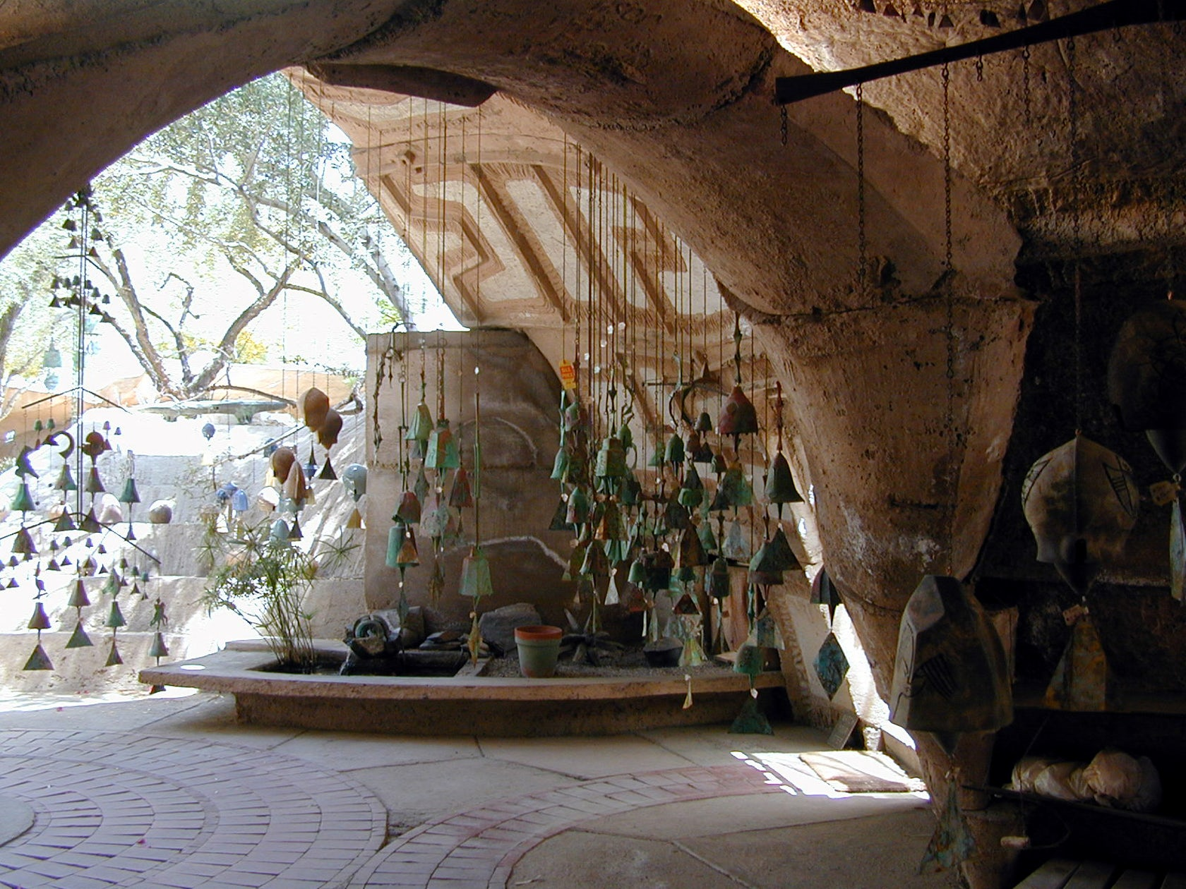 Dick Clark 39 S Insane Flintstones Meets Paolo Soleri House