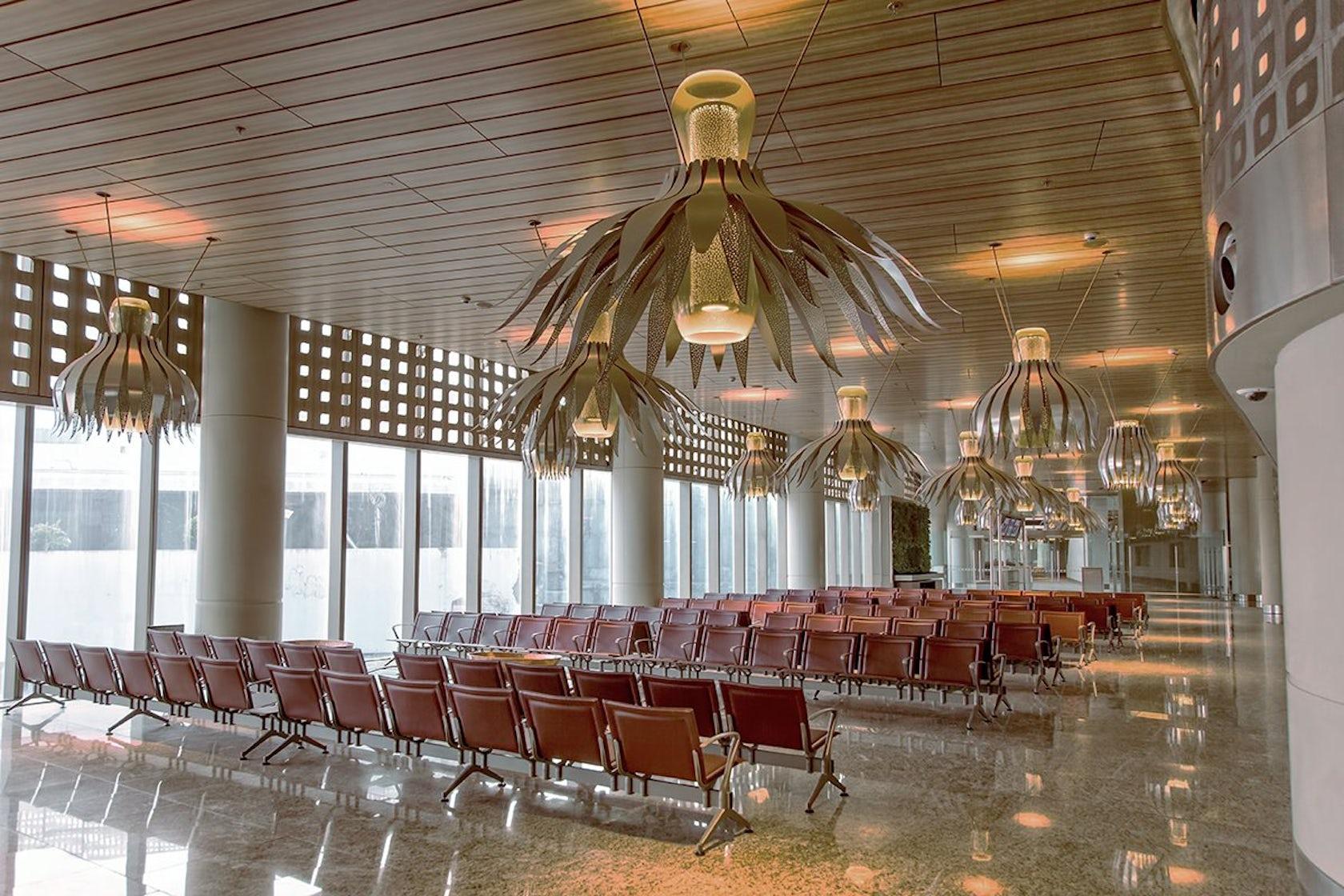 Mumbai airport terminal 2 chhatrapati shivaji architizer for Interior decoration exhibition mumbai