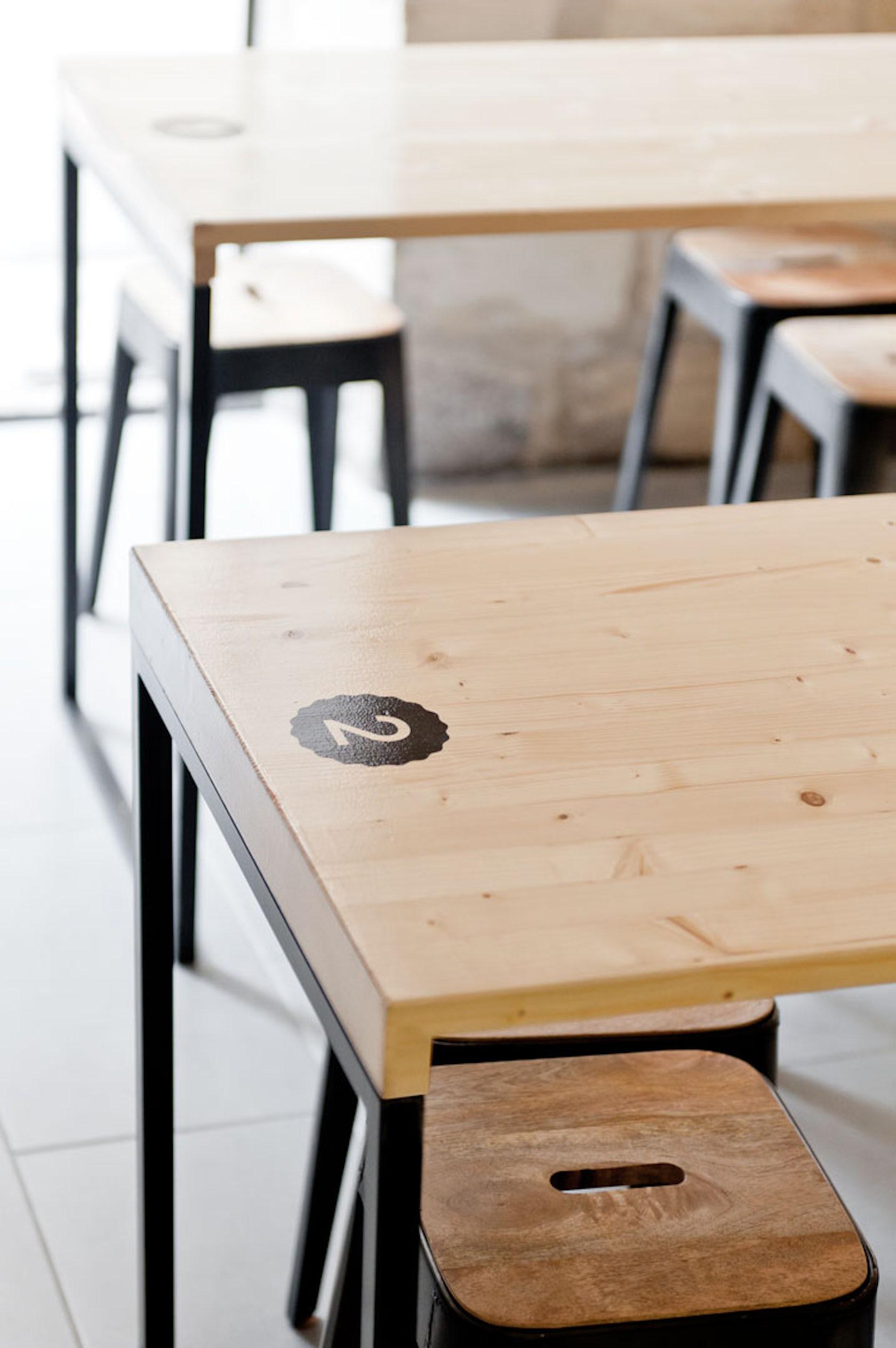 o 39 petit en 39 k architizer. Black Bedroom Furniture Sets. Home Design Ideas
