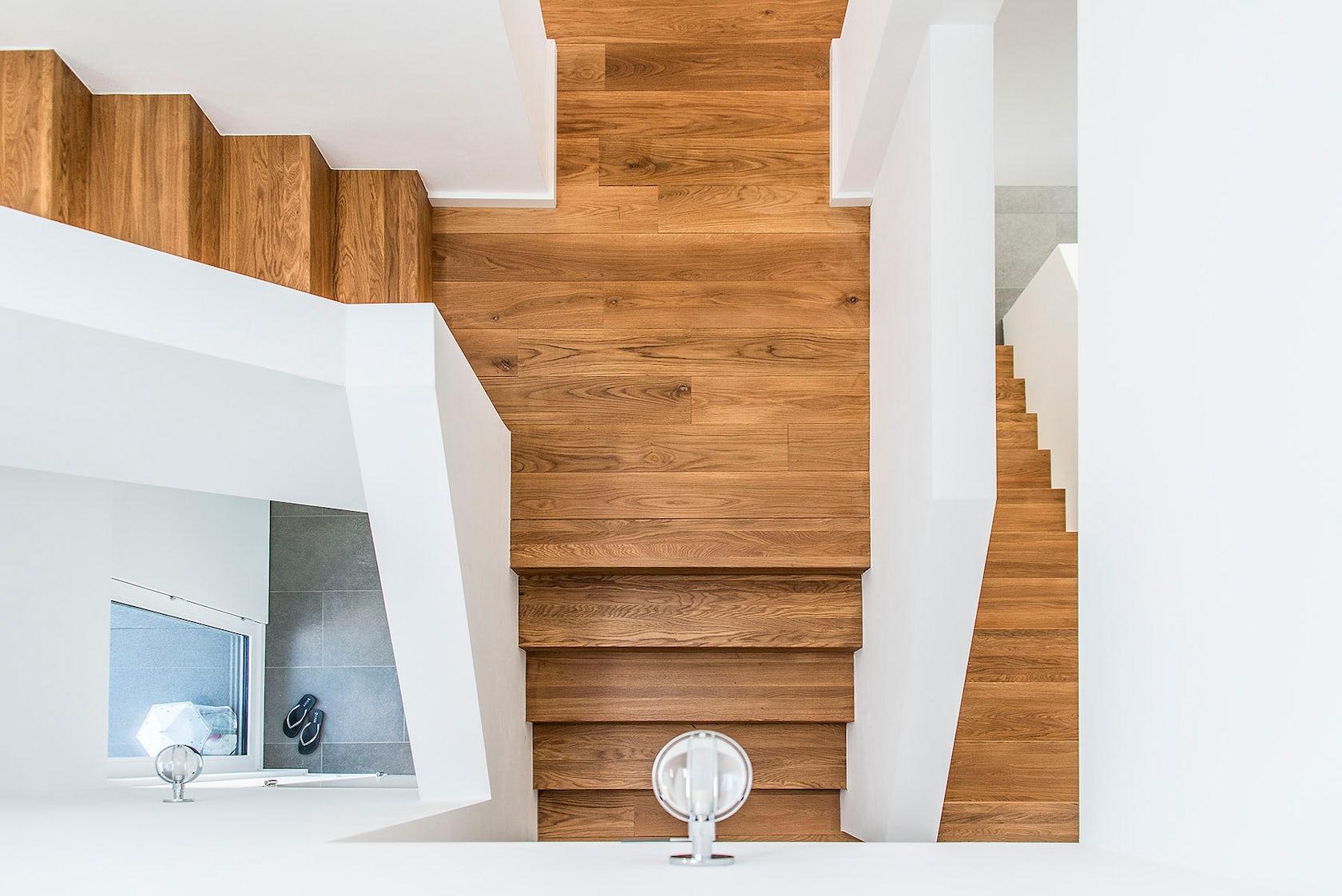 haus berge architizer. Black Bedroom Furniture Sets. Home Design Ideas
