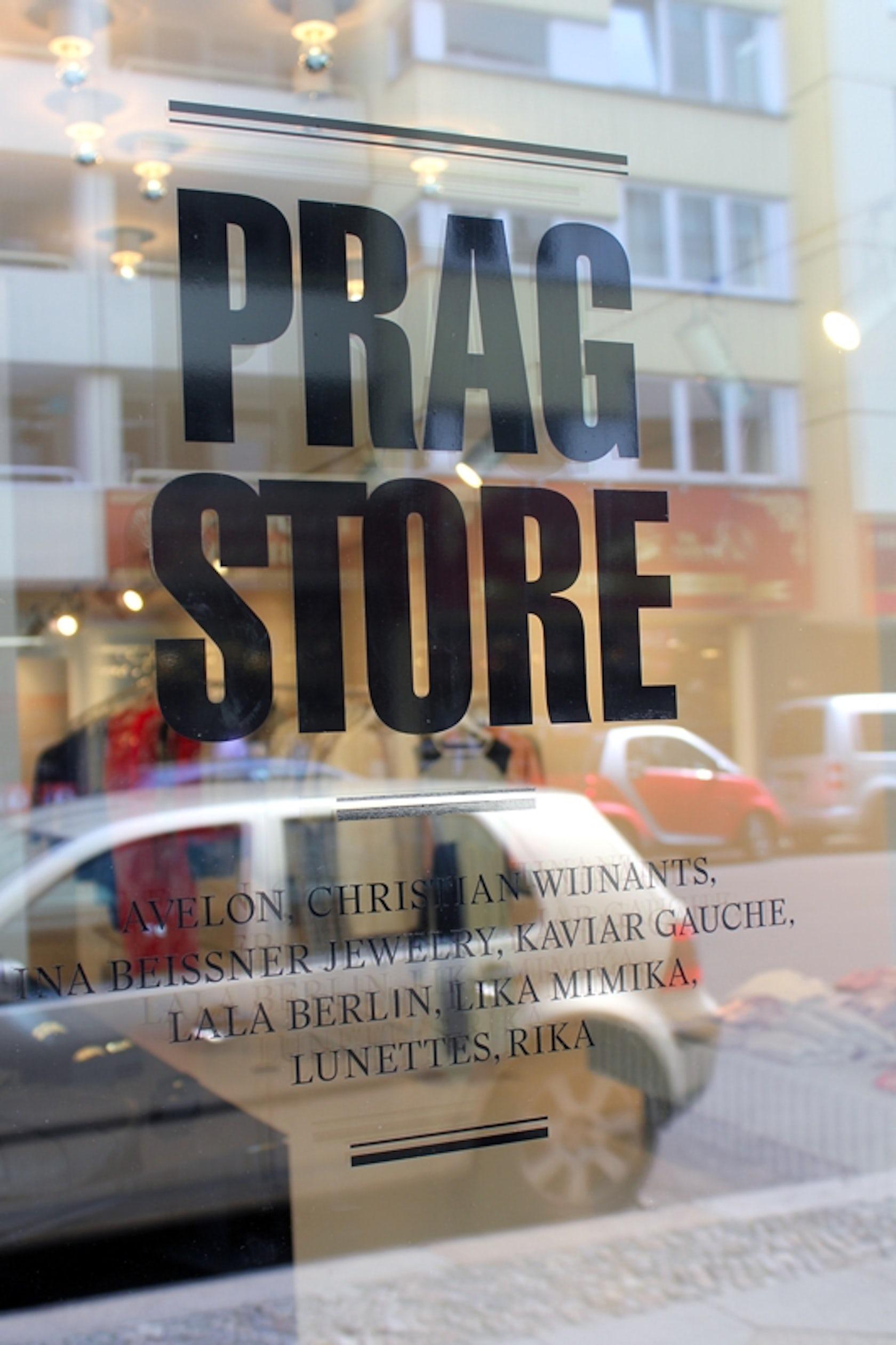 prag store architizer. Black Bedroom Furniture Sets. Home Design Ideas