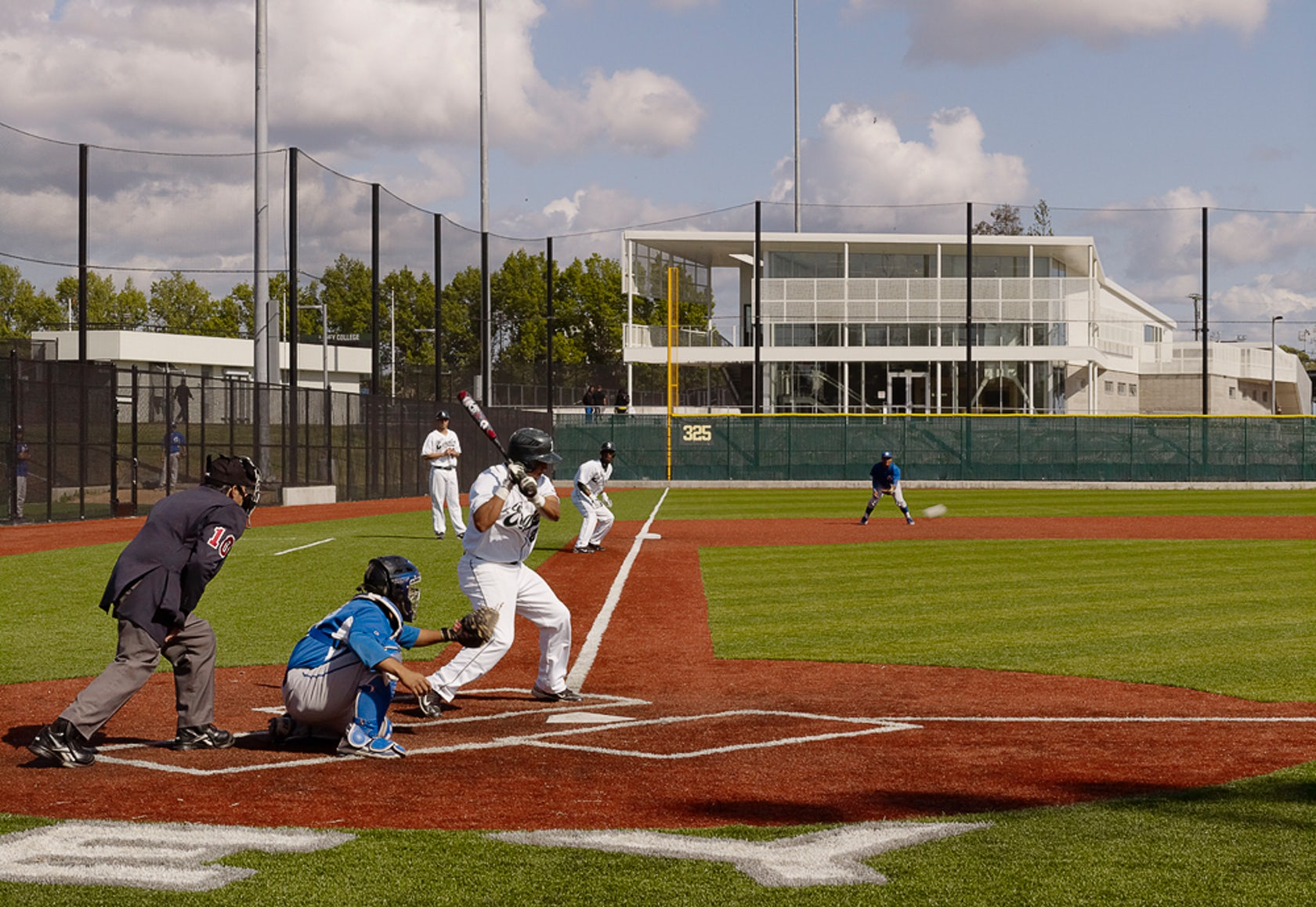 Laney college field house and fields architizer for Garden city community college baseball