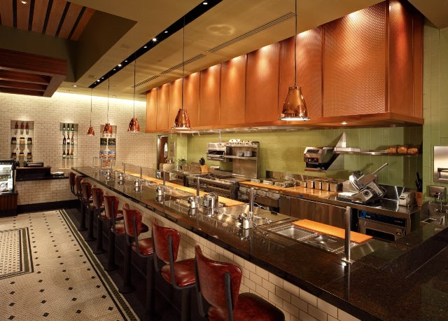 Commercial & Residential Kitchens and Dining