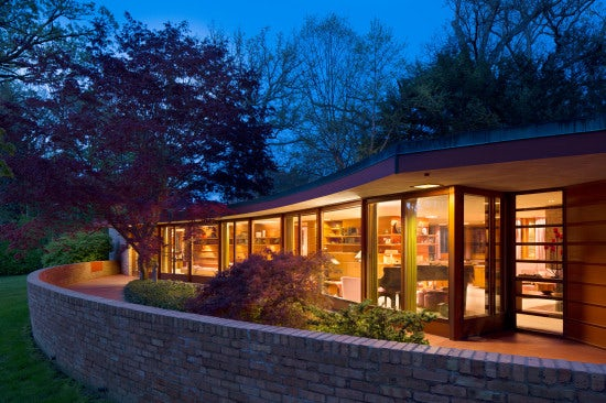 """""""The Mother Art is Architecture"""": 10 Tenacious Quotes by Frank Lloyd Wright"""
