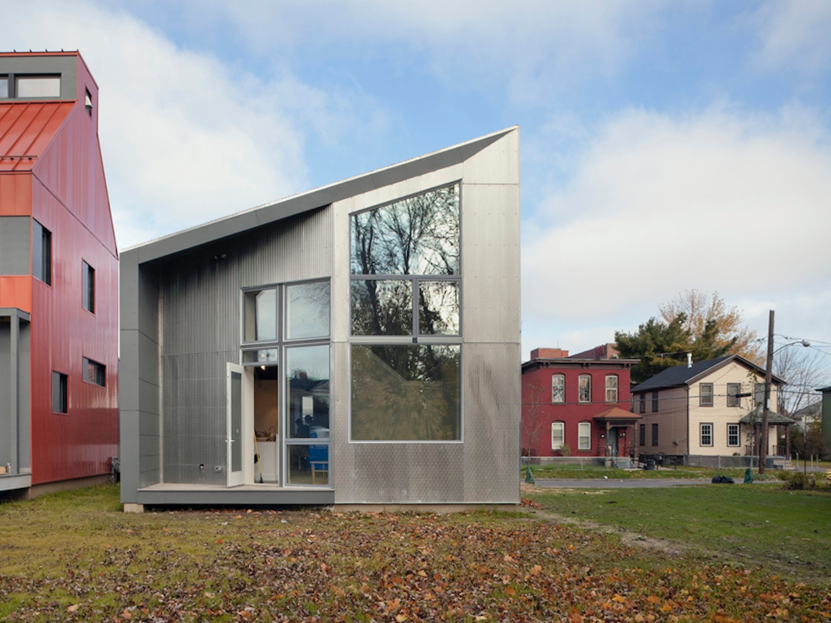 R house architizer for Milo motors north syracuse