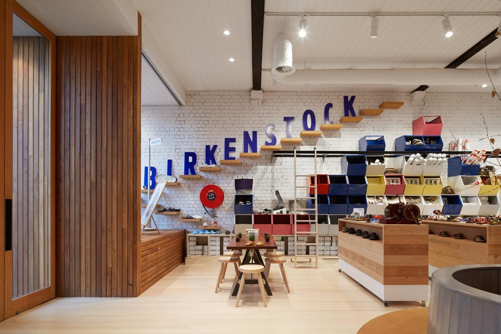 Birkenstock hq retail store clifton hill architizer for Birkenstock store nyc