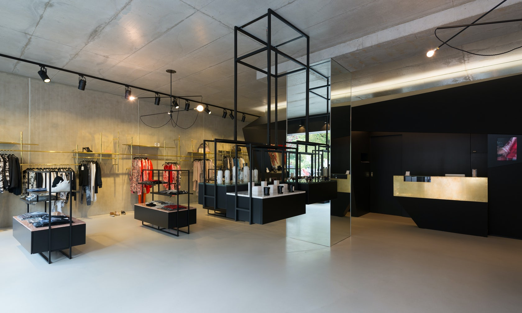 LALA BERLIN FLAGSHIP STORE - Architizer