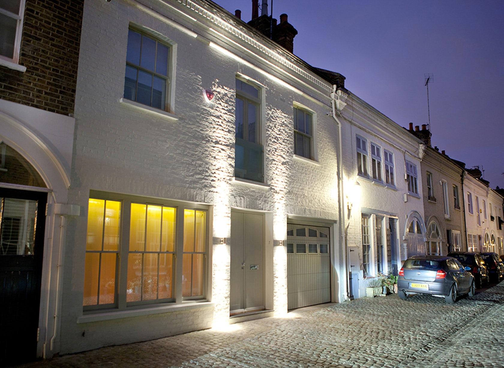 london mews houses architizer. Black Bedroom Furniture Sets. Home Design Ideas
