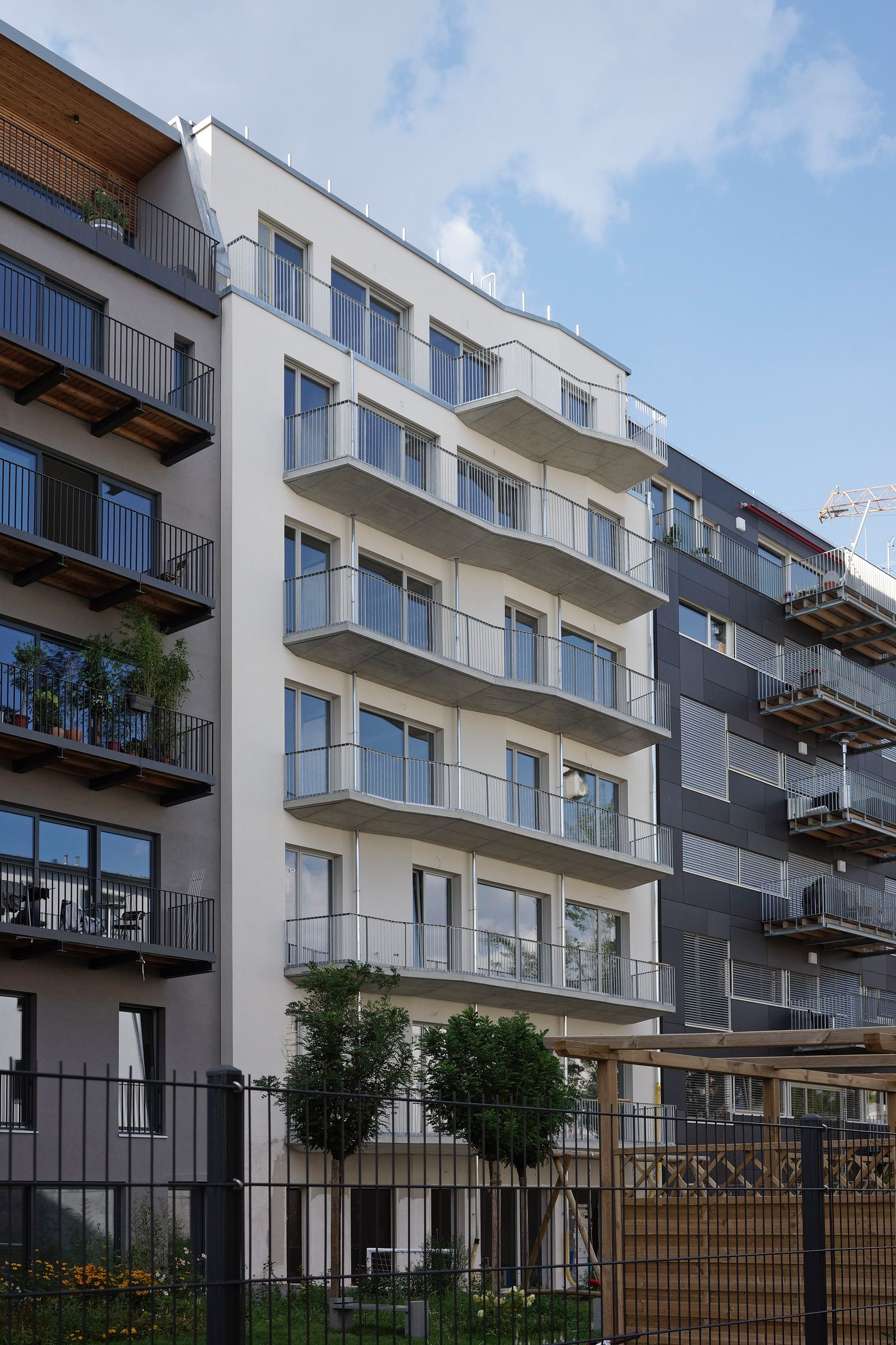 Apartment building berlin architizer - Mars architekten ...