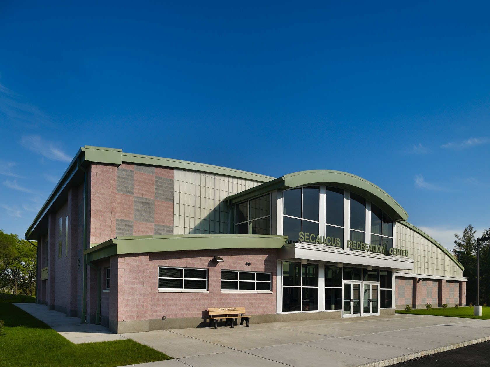 Secaucus recreation center architizer for Community motors mason city