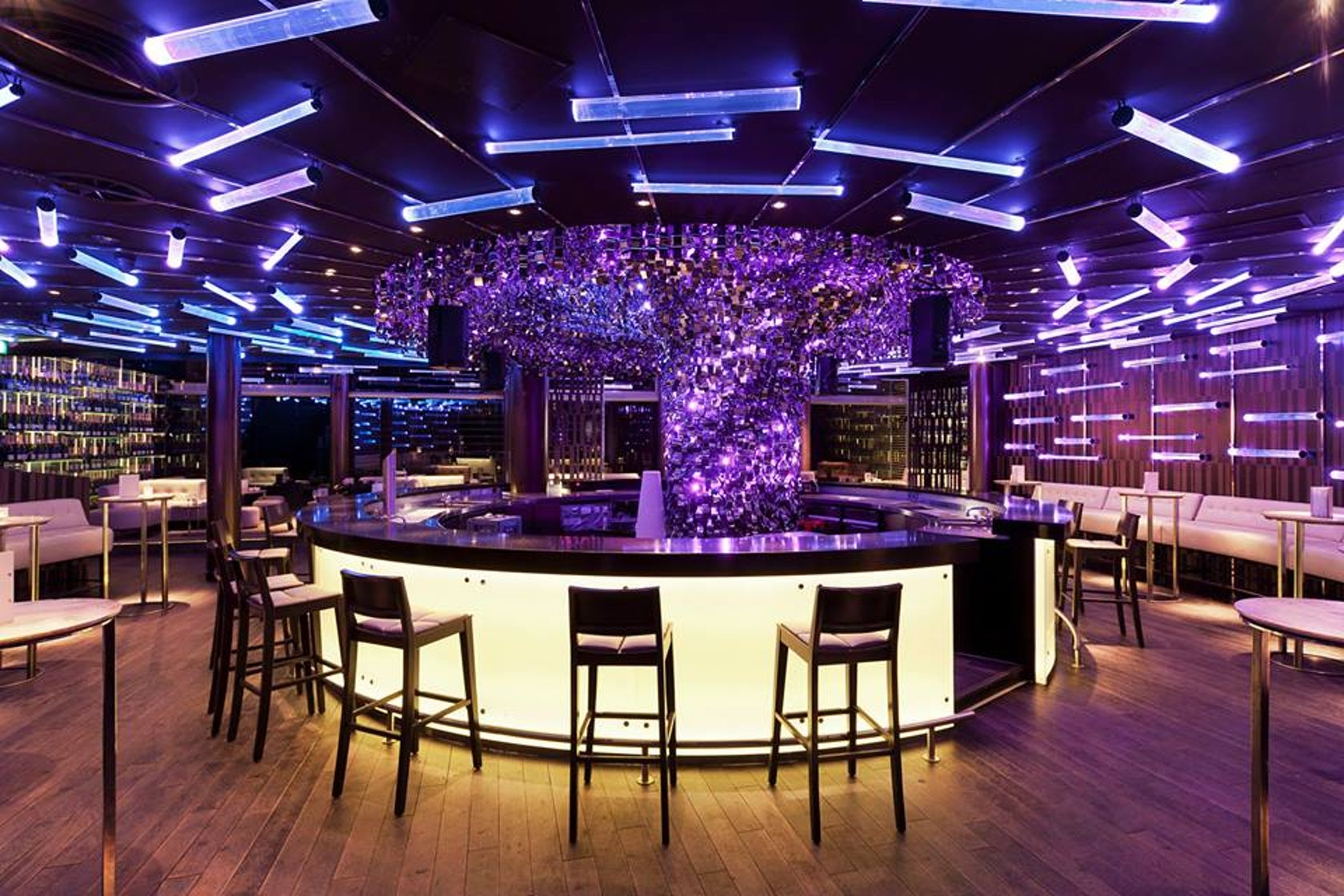 The Pearl Bar Berlin - Architizer