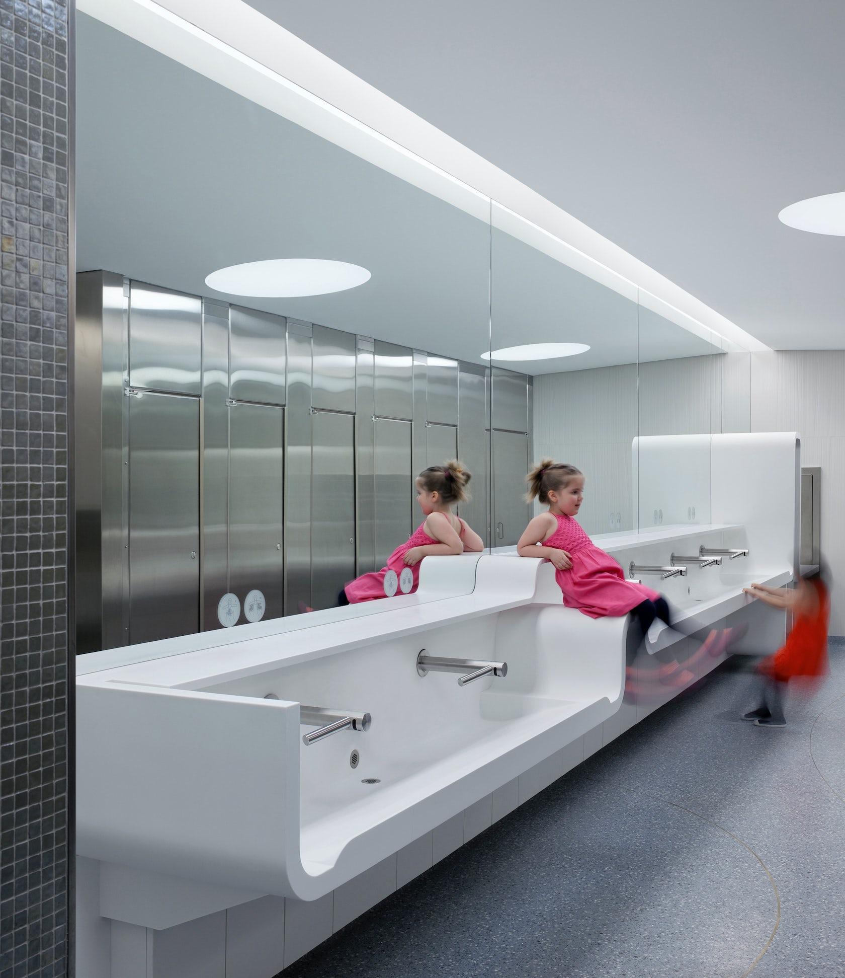 Royal ontario currelly hall washroom renewal architizer for Washroom photo