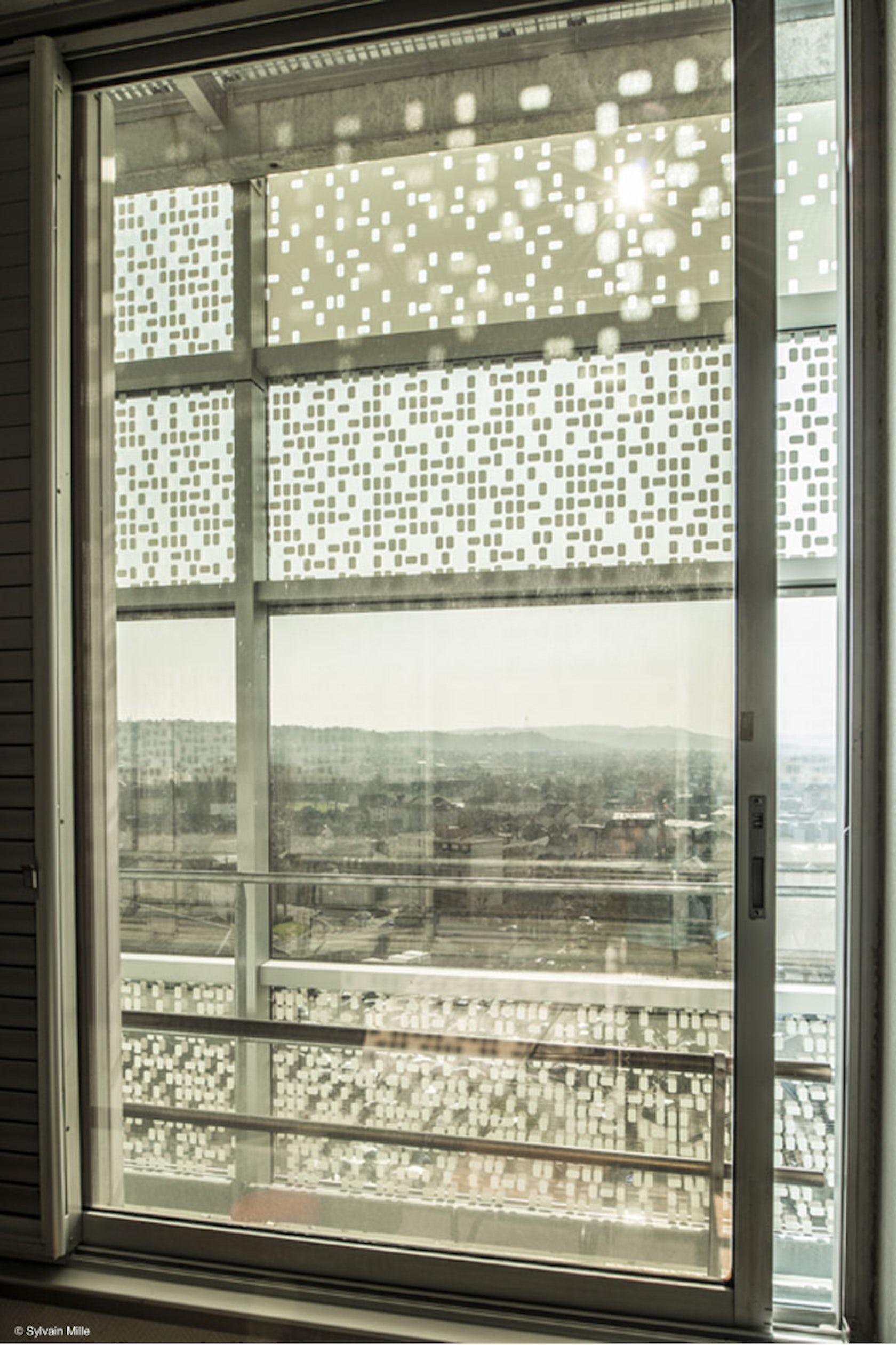Facade renovation at brive la gaillarde 39 s hospital - Verre double vitrage ...