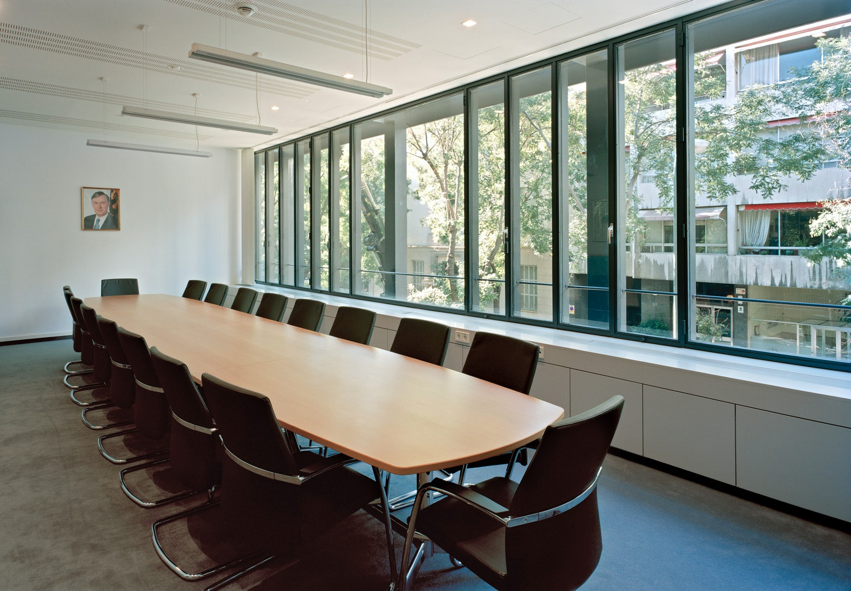 german embassy madrid architizer. Black Bedroom Furniture Sets. Home Design Ideas