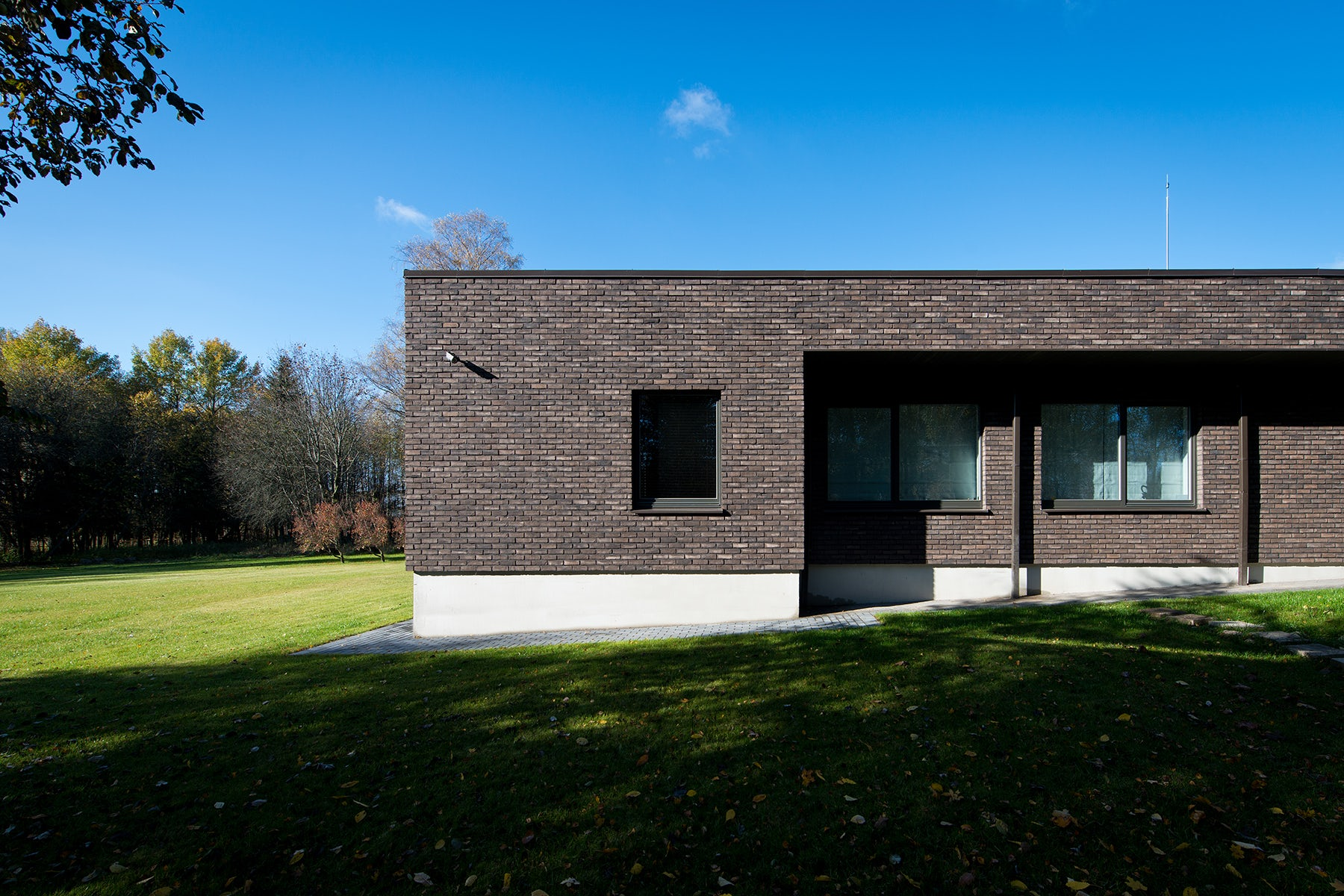 The L house - Architizer