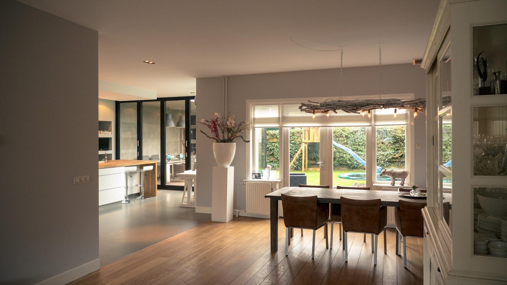 Aluminium Kitchen Cabinets Design