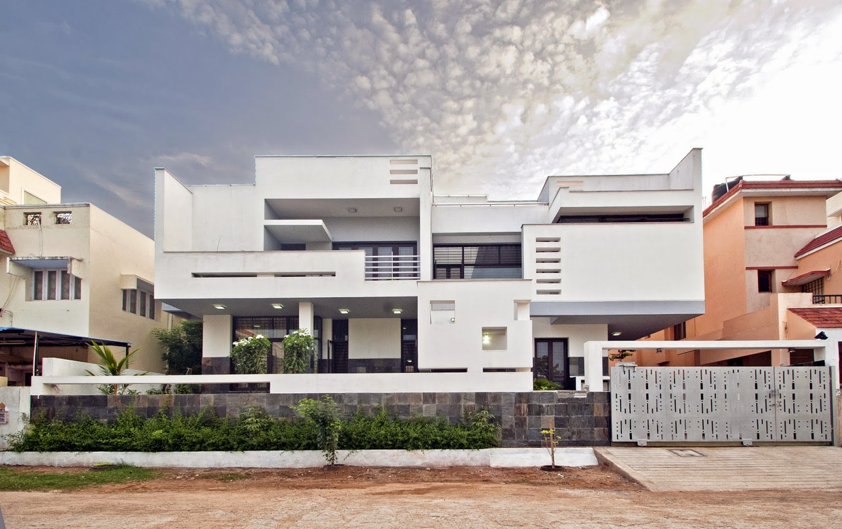 Residence for mr jude and family at thoraipakkam chennai for Home architecture coimbatore
