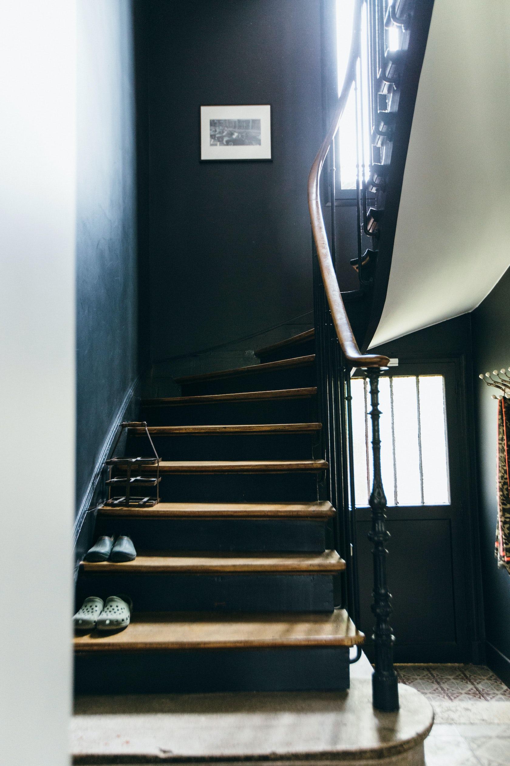 Maison bois colombes architizer - Peinture escalier bois photo ...