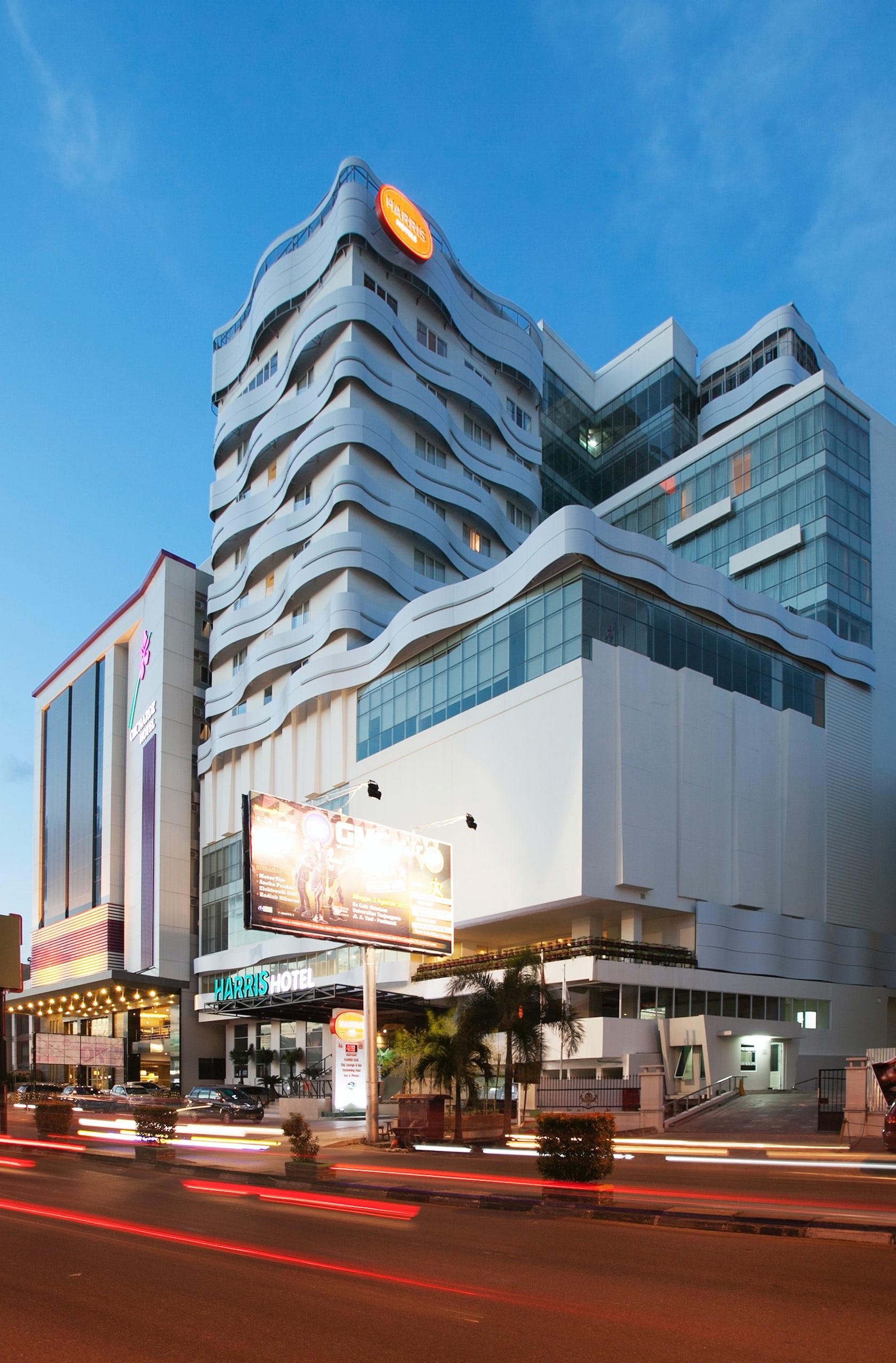 Harris Hotel Pontianak - Architizer