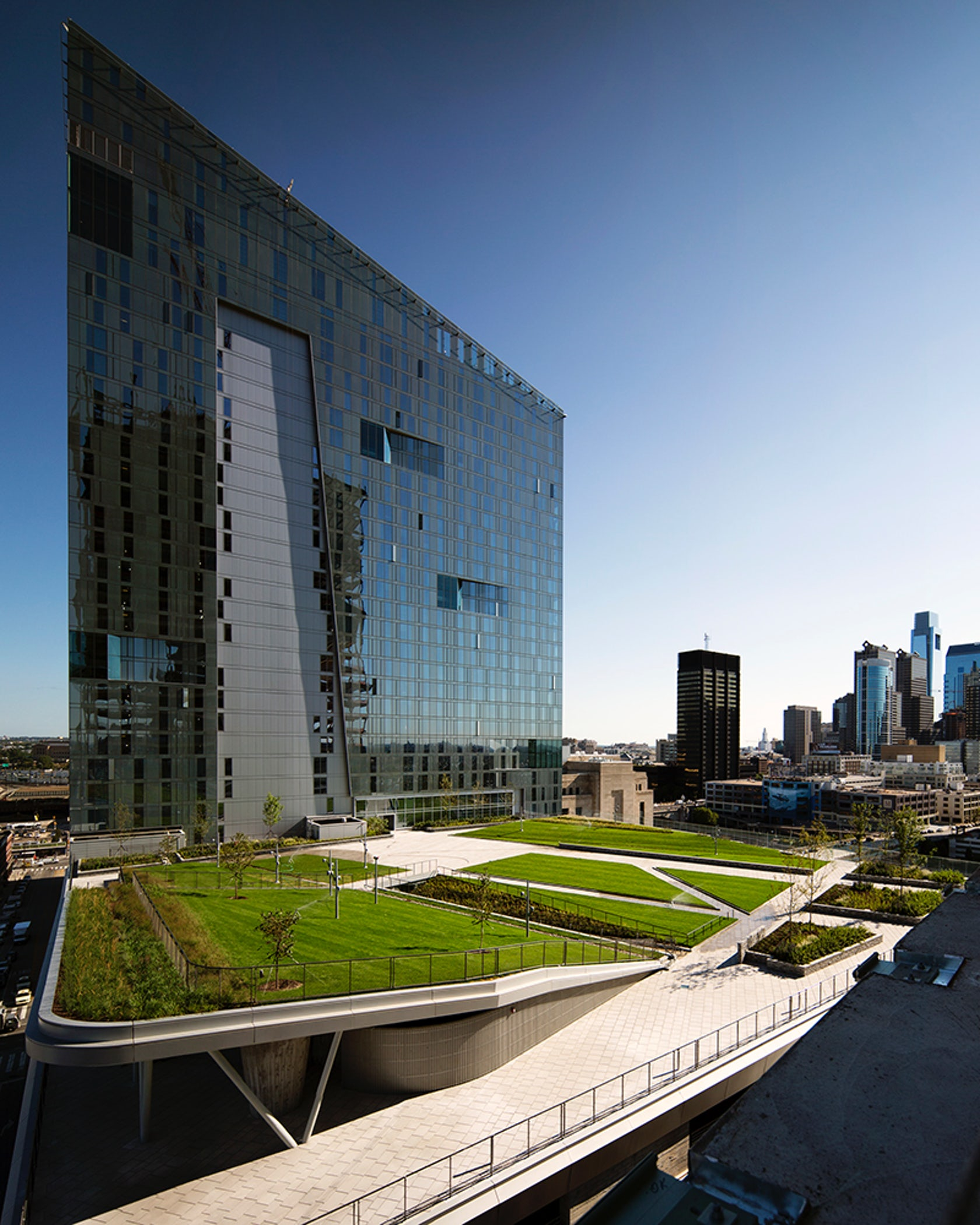 Evo And Sky Green At Cira Centre South Architizer
