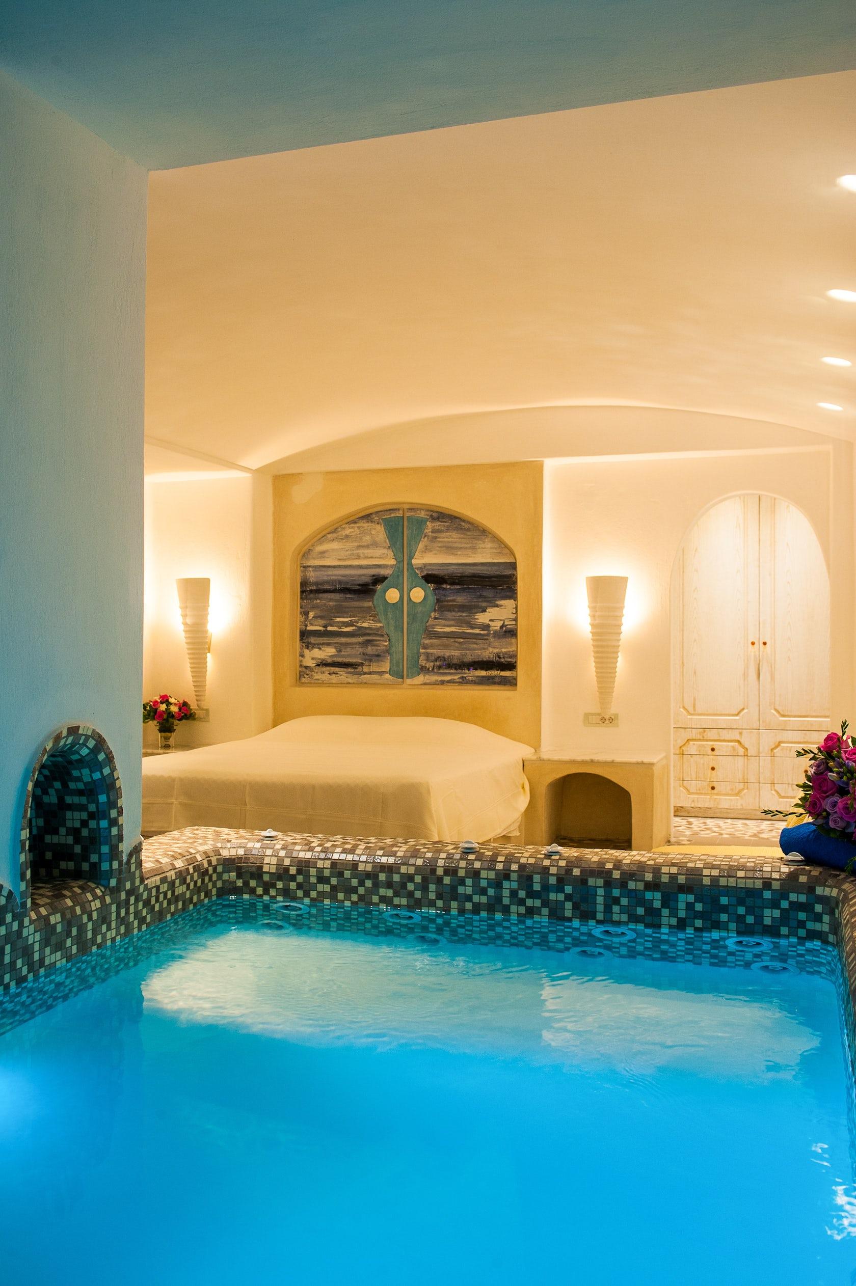 Astarte Suites Hotel In Santorini New Rooms Architizer