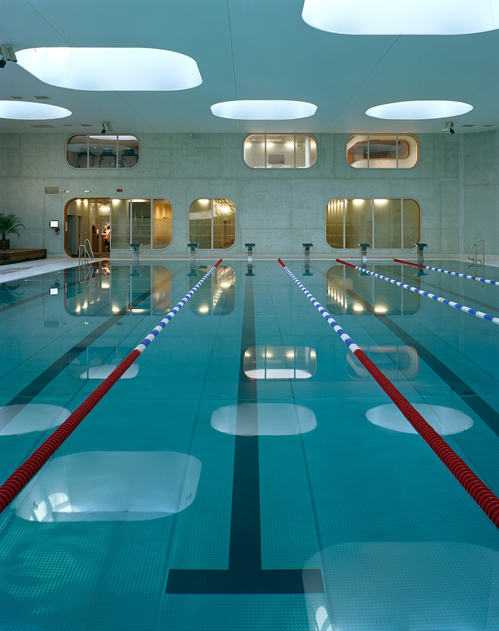 Swimming pool feng shui architizer Piscine issy les moulineaux