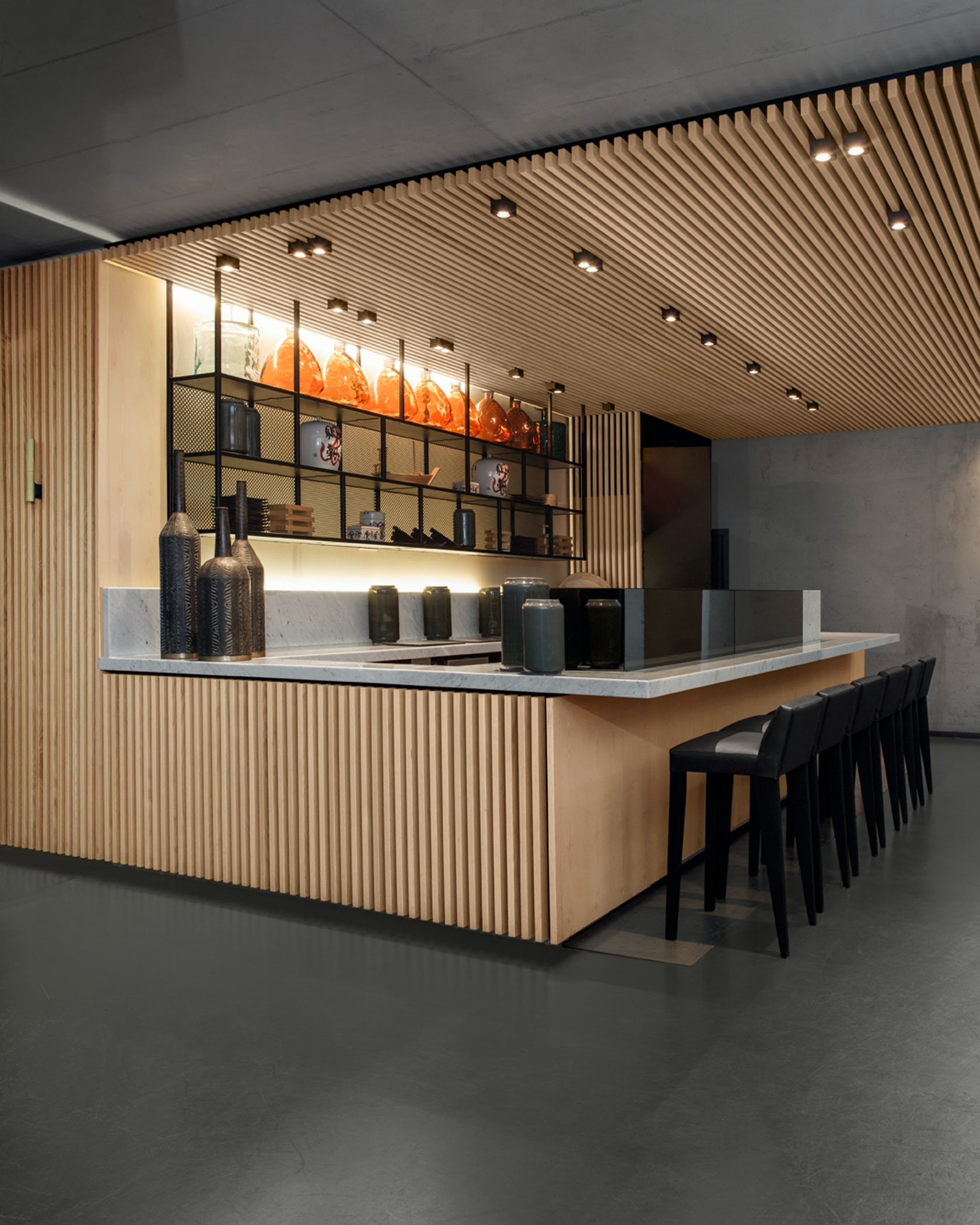 Bar Counter Ideas Design: Holbein's Sushi Bar