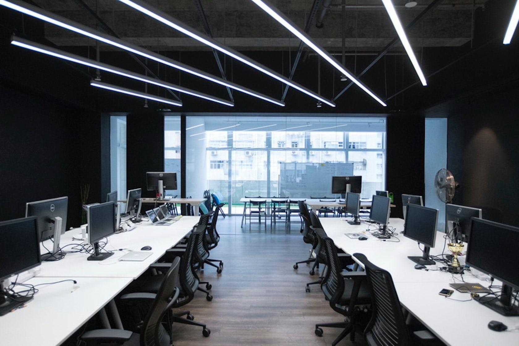 9gag office architizer for Industrial design startups