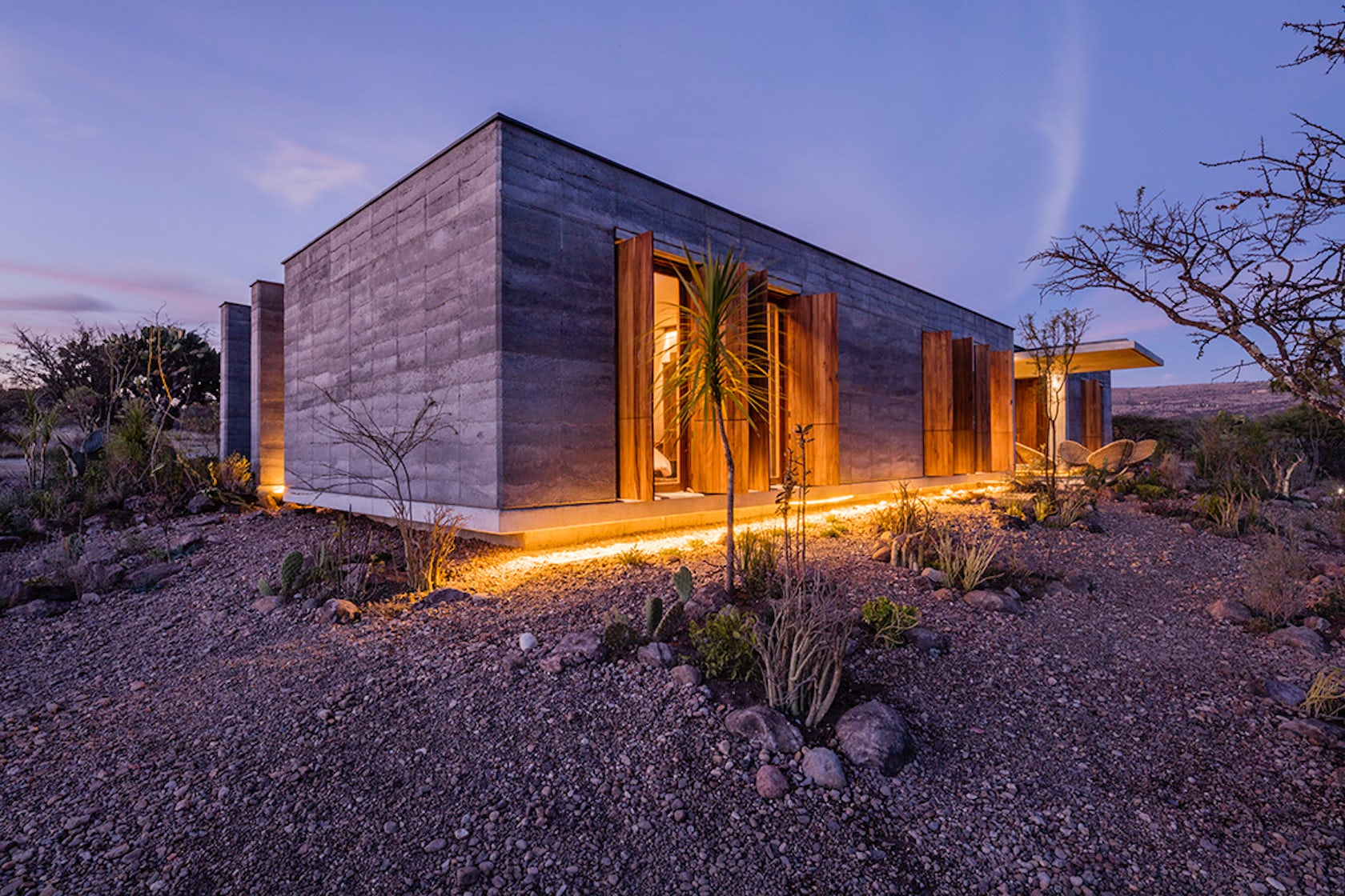 Vernacular modernism 7 contemporary homes in rural mexico - The cave the modern home in the mexican desert ...