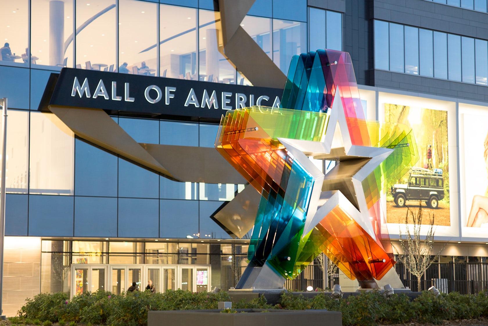 Star Auto Mall >> Mall of America Star Feature - Architizer