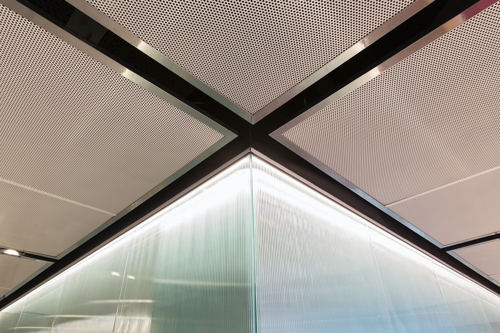Global management consulting firm architizer for Creative consulting firms nyc