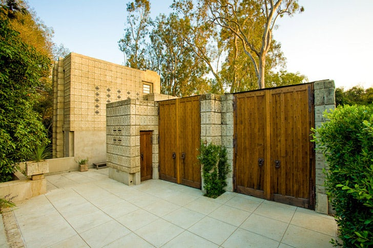 architecture on the market: mid-century homes for salefrank