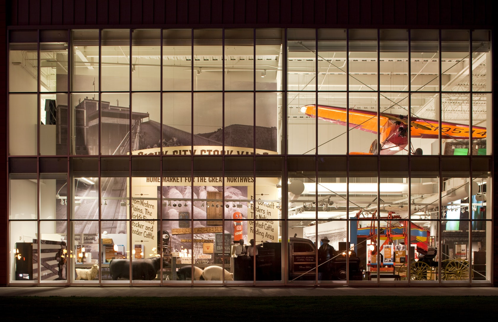 Sioux city museum architizer for Craft stores in sioux city iowa