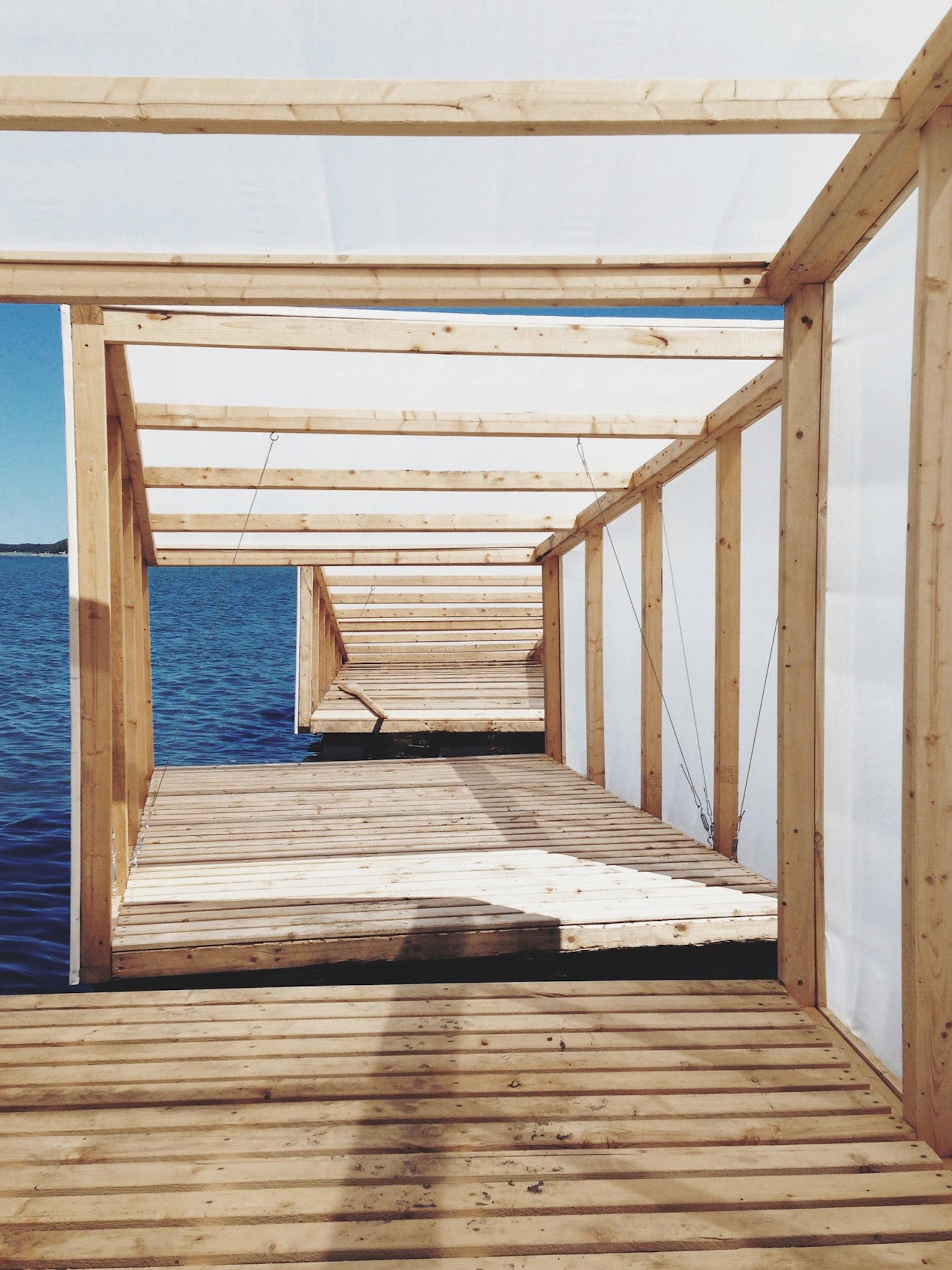 l atelier en mouvement architizer. Black Bedroom Furniture Sets. Home Design Ideas