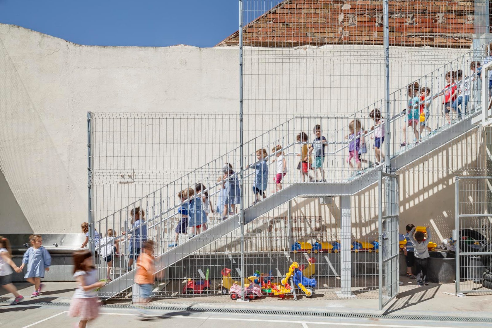 Refurbishment of 906 school in sabadell architizer - Arquitectes sabadell ...
