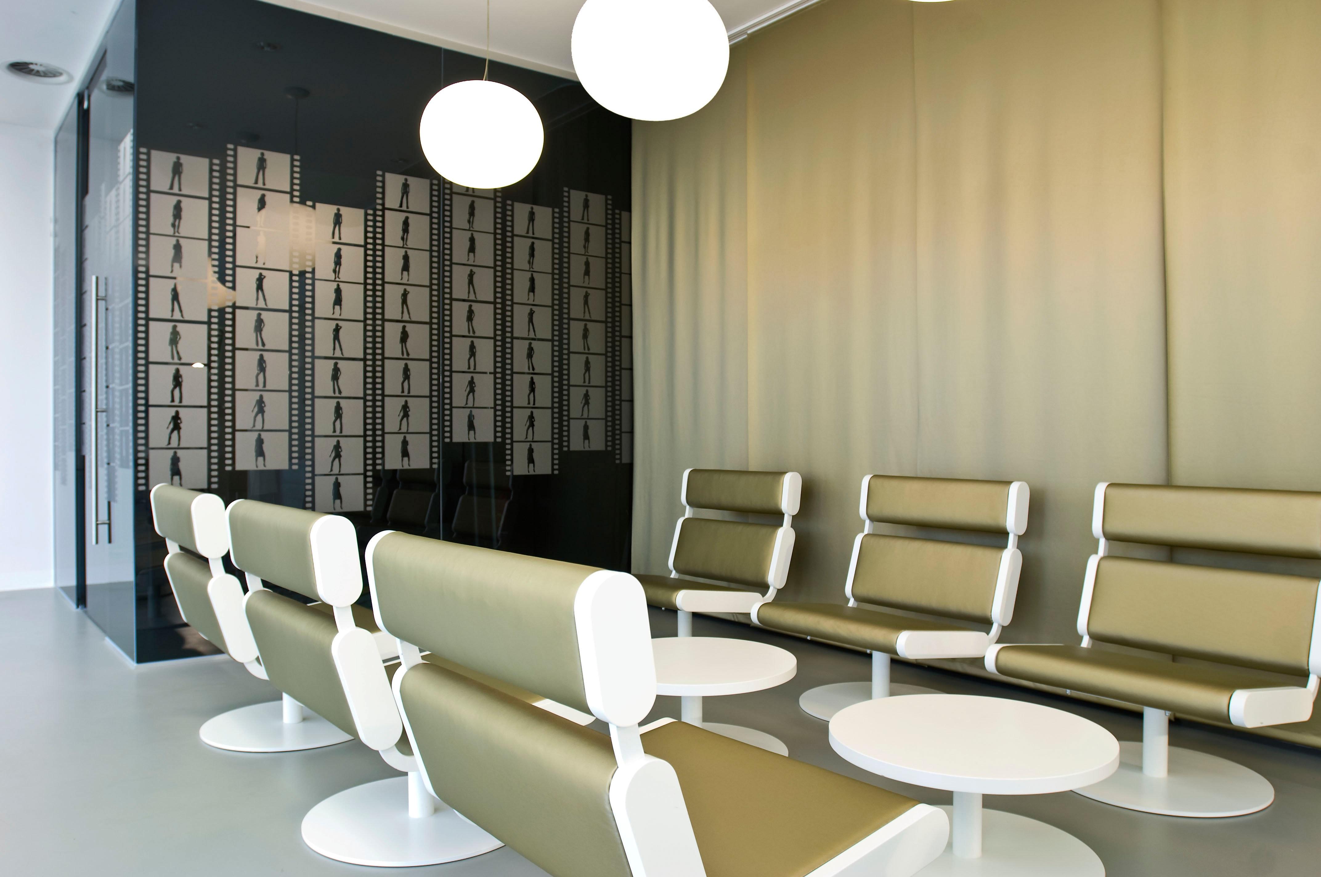Stunning Aluminium Regal Mit Praktischem Design Lake Walls Pictures ...
