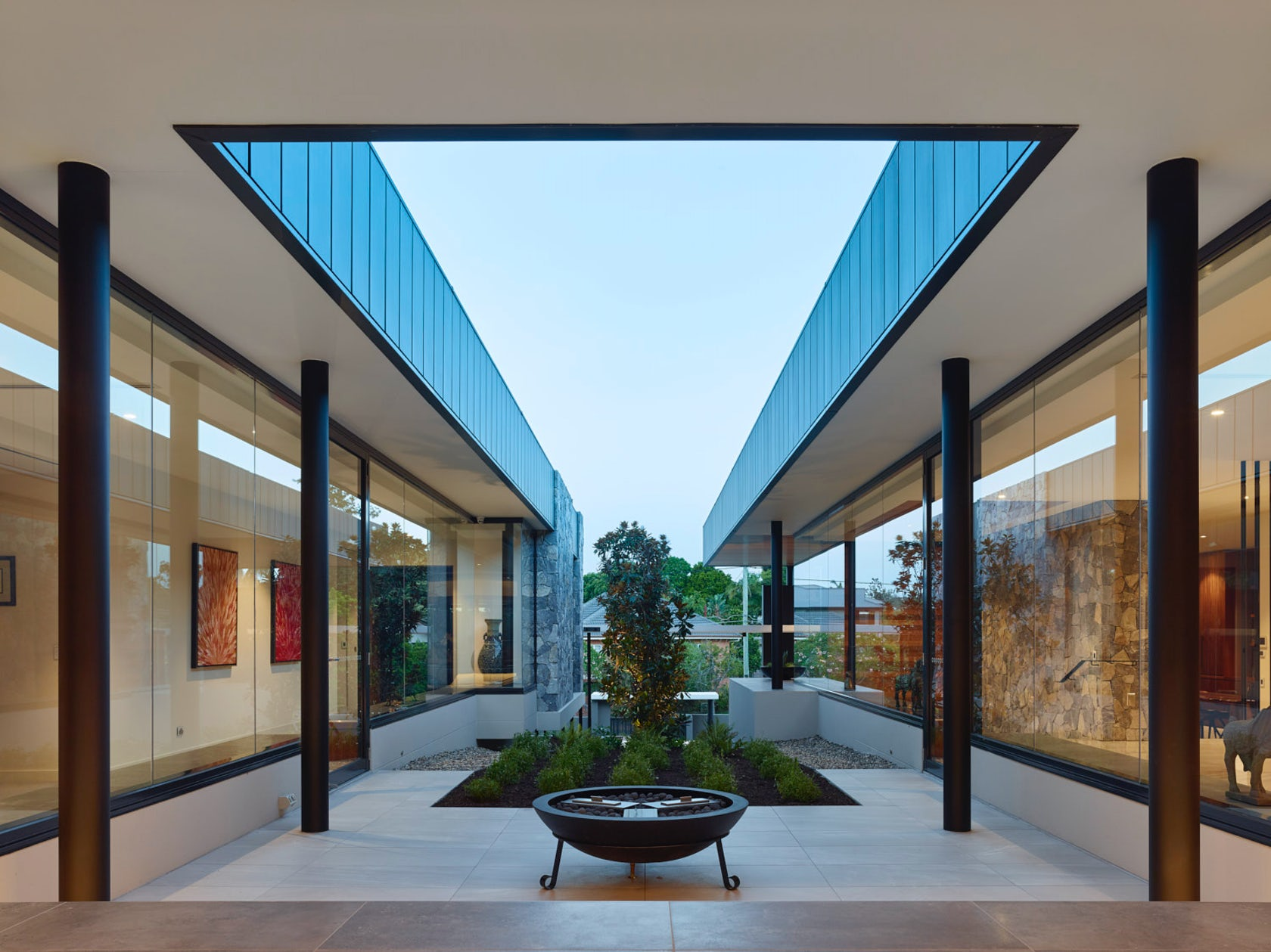 Ellivo architects architizer for Architecture firms brisbane