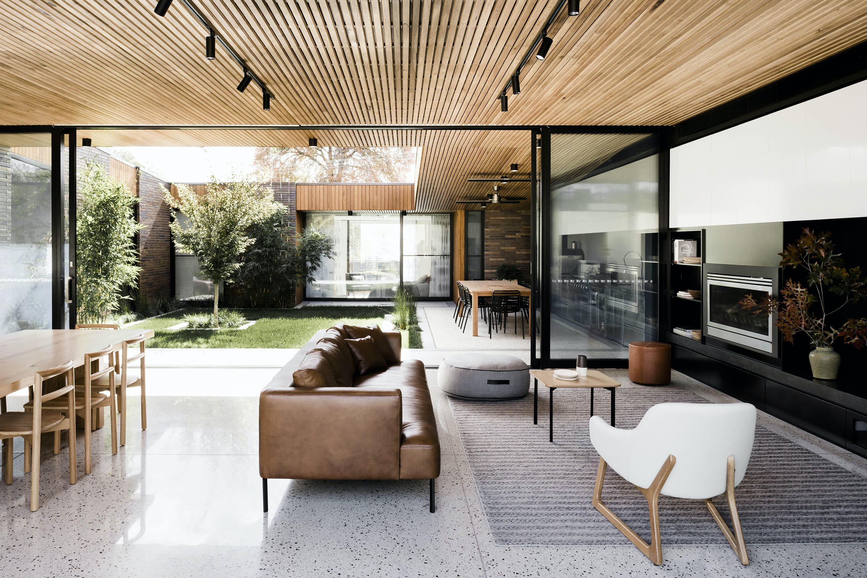 courtyard house on architizer