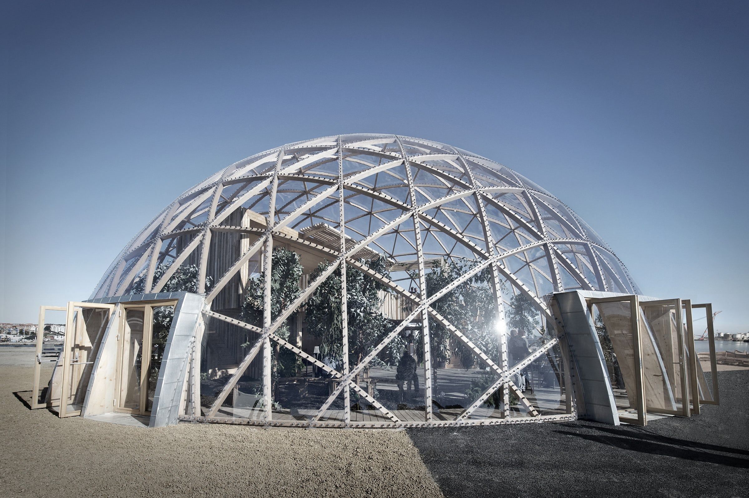 Beyond the Greenhouse: Growing Trends in Architecture