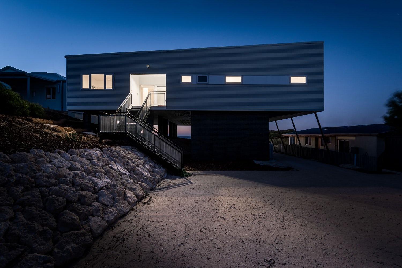 Falcon Beach House - Architizer