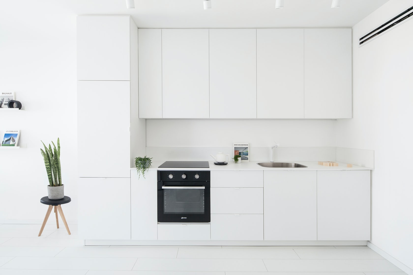 Whiter Than White The Minimalist Art Of Achromatic Kitchen Cabinets