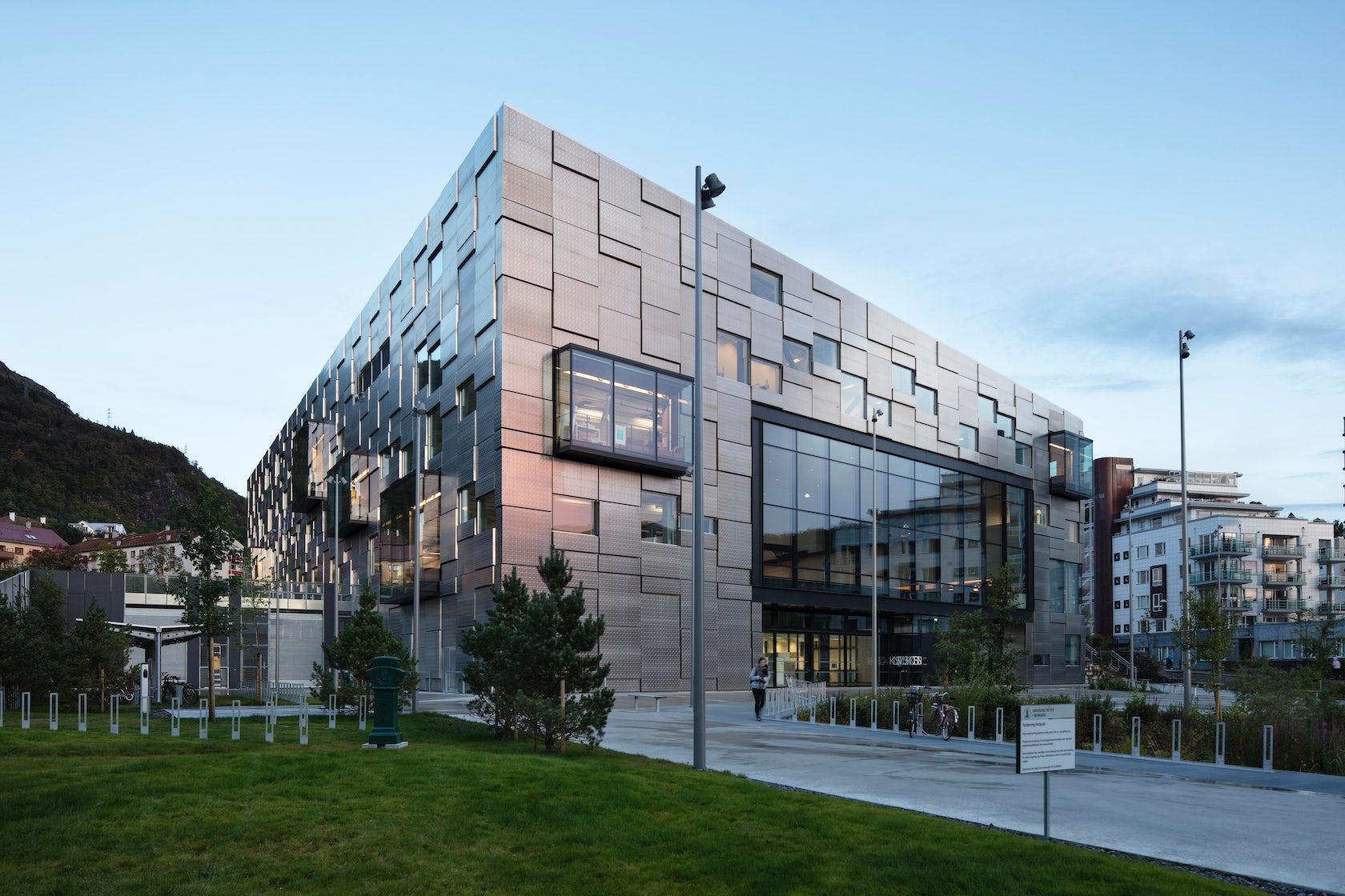 University of Bergen Faculty of Fine Art