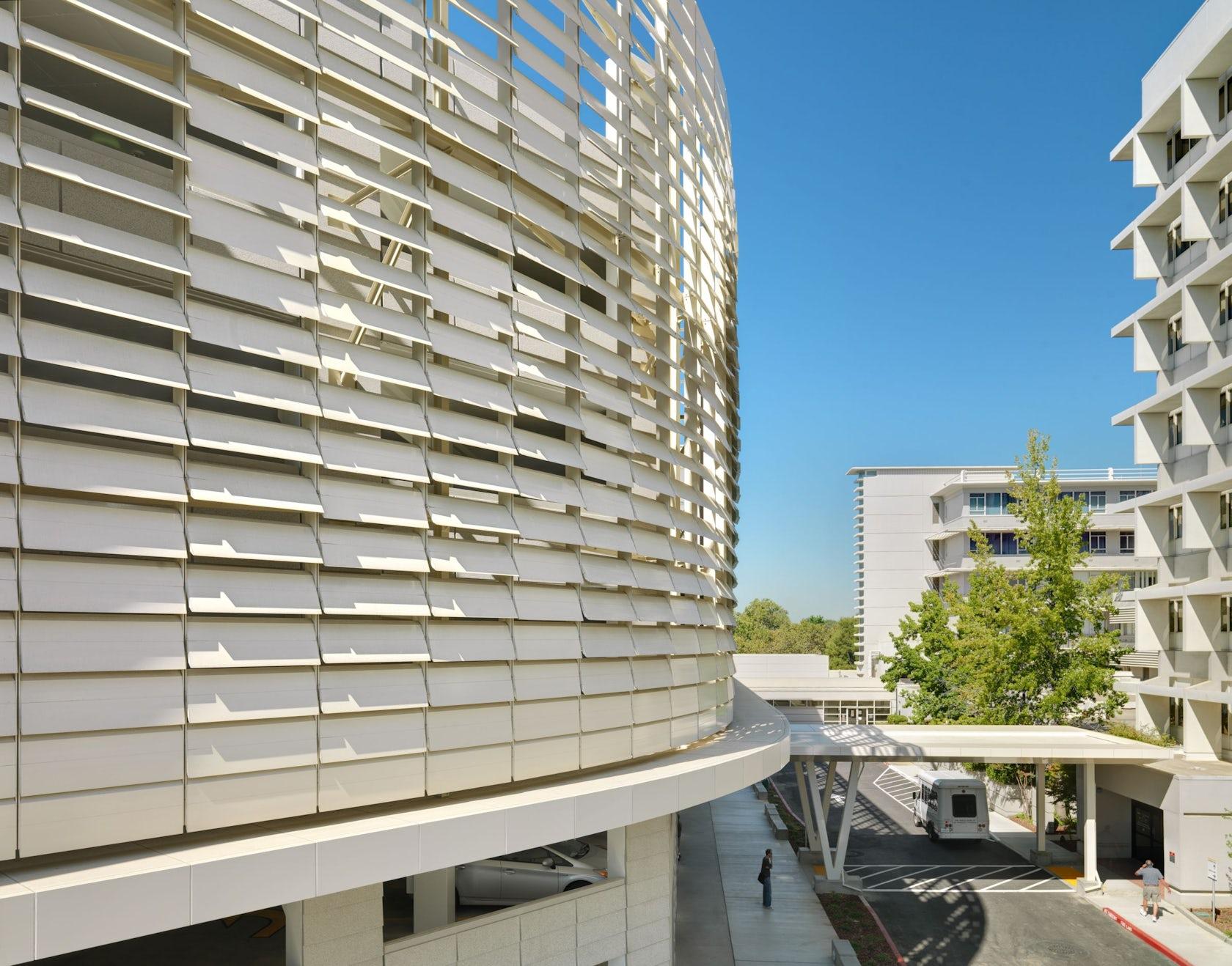 Uc Davis Medical Center Parking Structure Iii Architizer