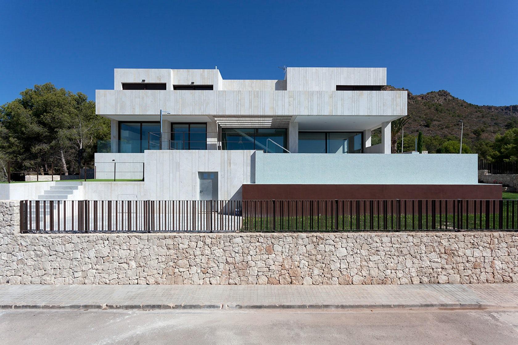 Monasterios house architizer - Altarriba valencia ...