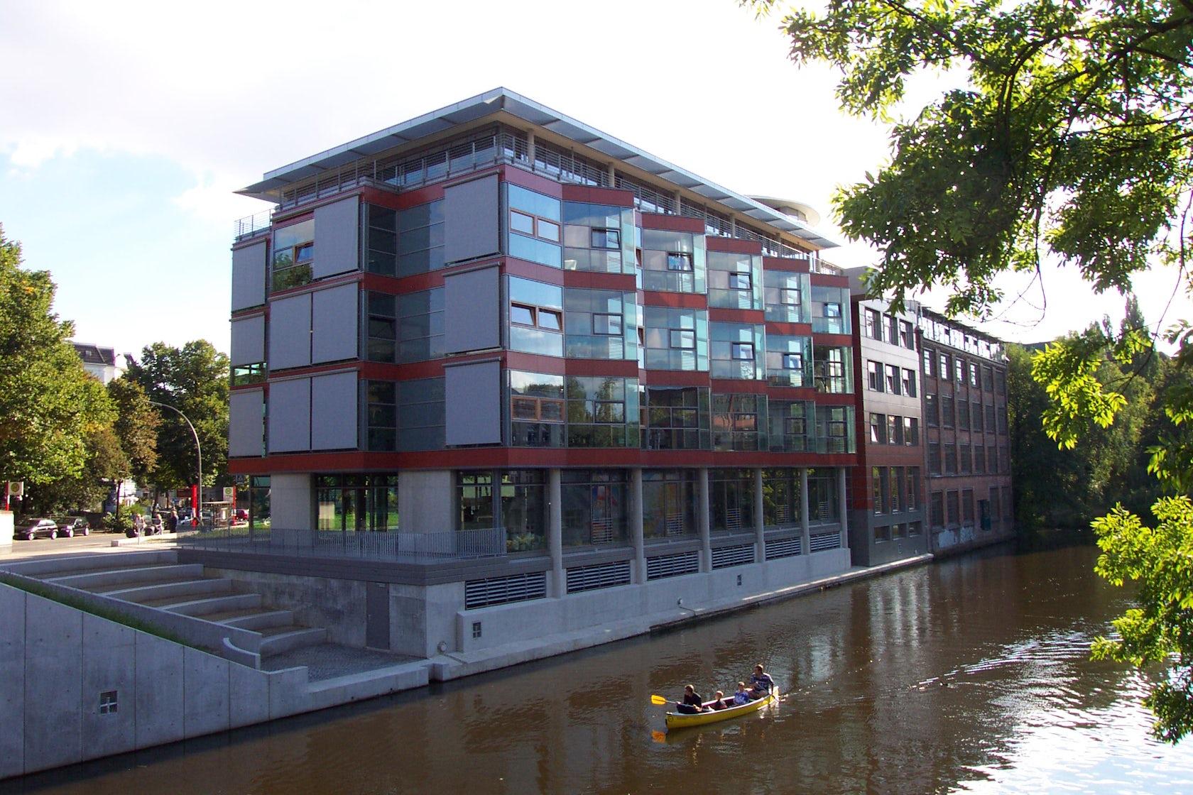 office building goldbekplatz 3 architizer. Black Bedroom Furniture Sets. Home Design Ideas